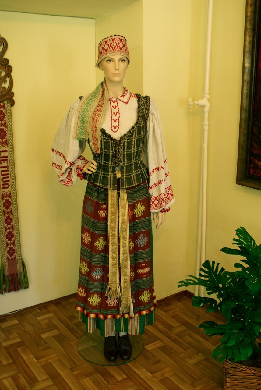 Suvalkija national costume in Vilkaviškis musuem