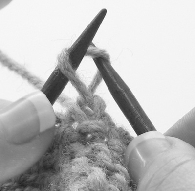 Lesson: Twisted stitches 2