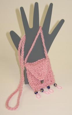 condom-amulet-pink