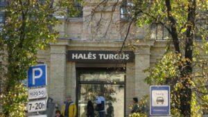 FALL COLORS: Yarn Shops in Vilnius Redux 1