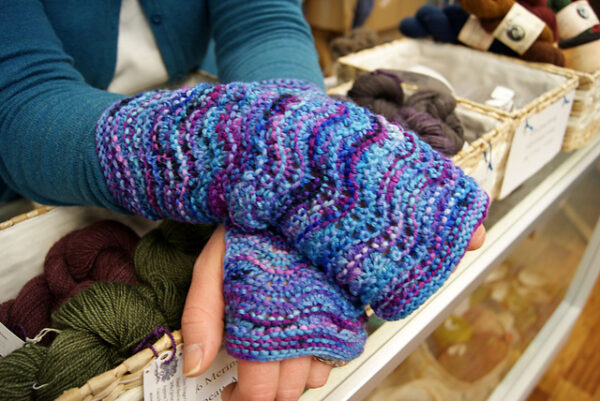 European Summers Cowl & Mitts 2 Patterns 5