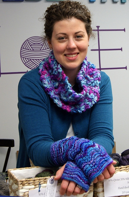 European Summers Cowl & Mitts 2 Patterns 4