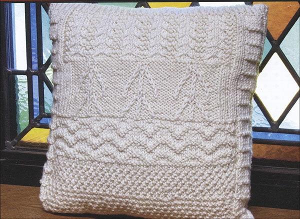 Stories in Stitches Book 4: Knitting & Spirit 7