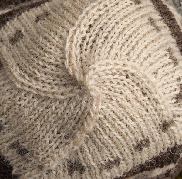 Checker Cab Cap Hat Knitting Pattern 2