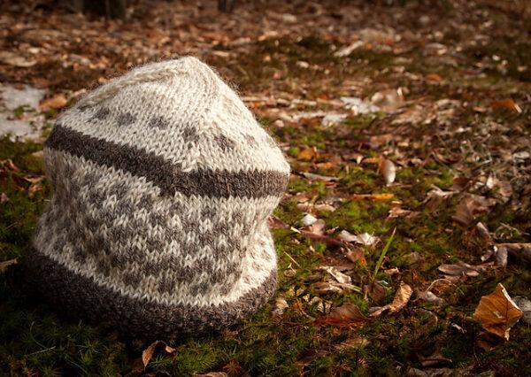 Checker Cab Cap Hat Knitting Pattern 6