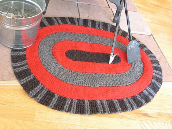 Amish Oval Rug | Knitting Pattern 2