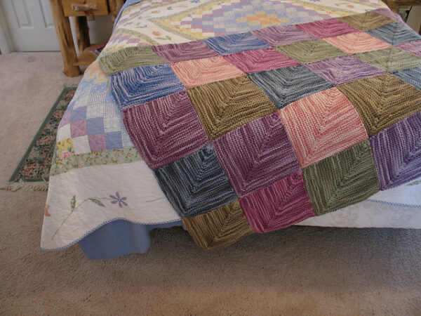 Mitered Square Patchwork Rug Knitting Pattern 2
