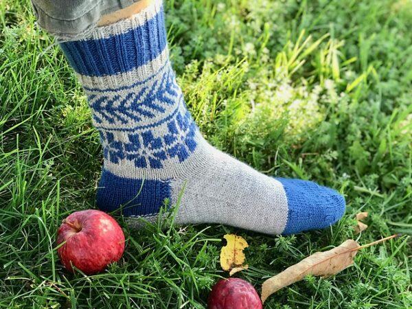 Lithuanian Colorwork Socks Pattern 2