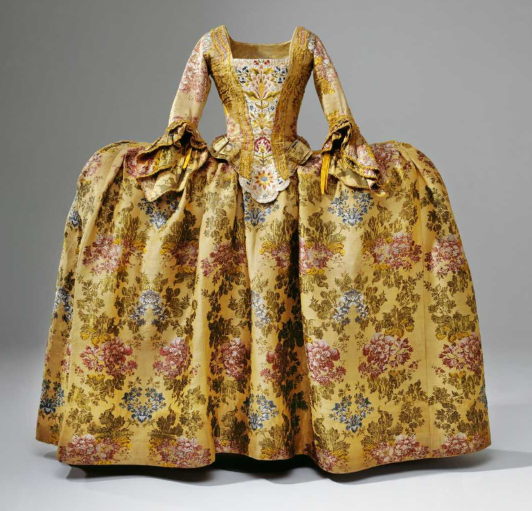 Embroidery in the 1700s