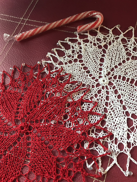 Linen & Lace Knitted Doilies 5
