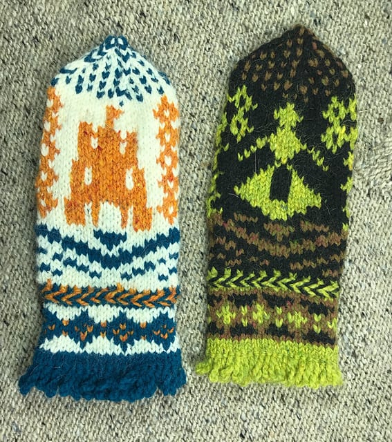 Ladies in the Castle Mittens Pattern 2